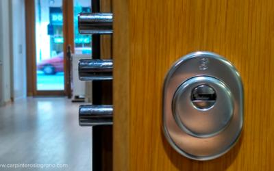 ¿Qué puerta de seguridad elegir: blindada o acorazada?