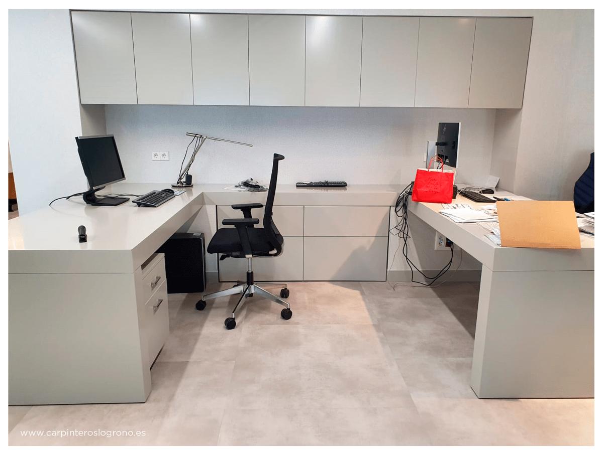 Mobiliario a medida en oficina de abogados