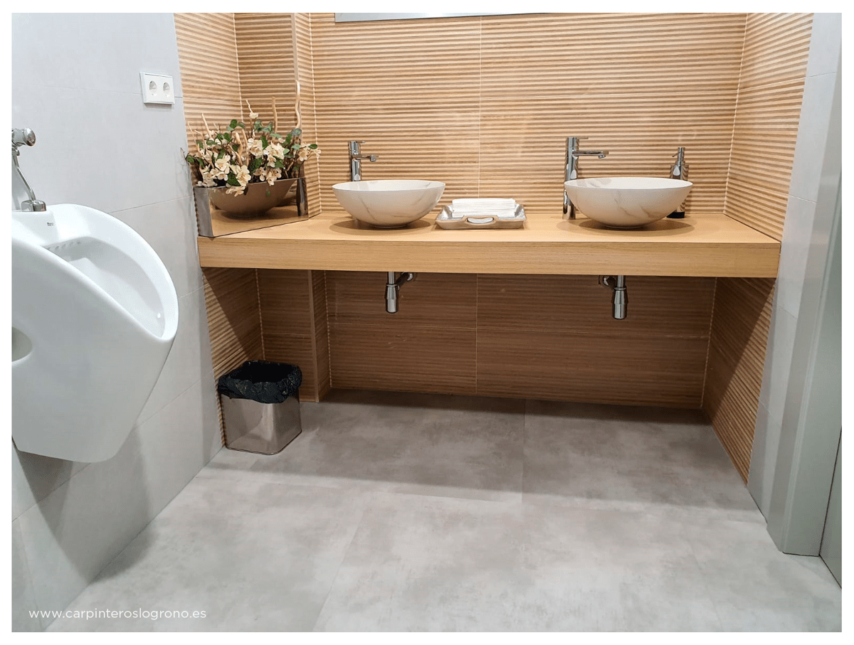 Mobiliario en baño